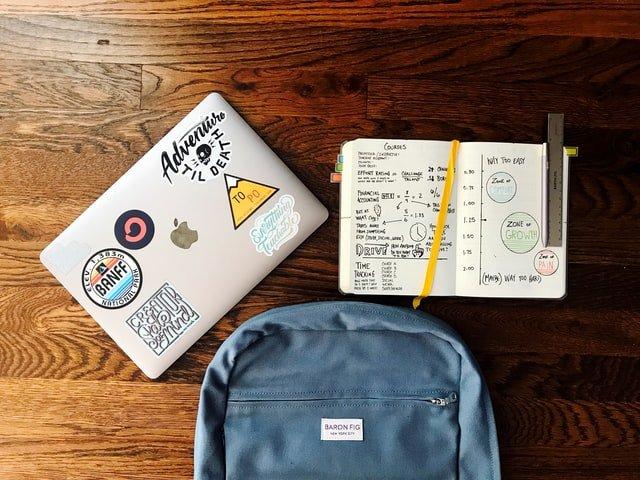 schooltas-met-laptopvak